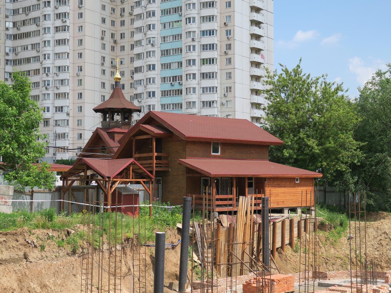 Храм св. прор. Даниила на Кантемировской