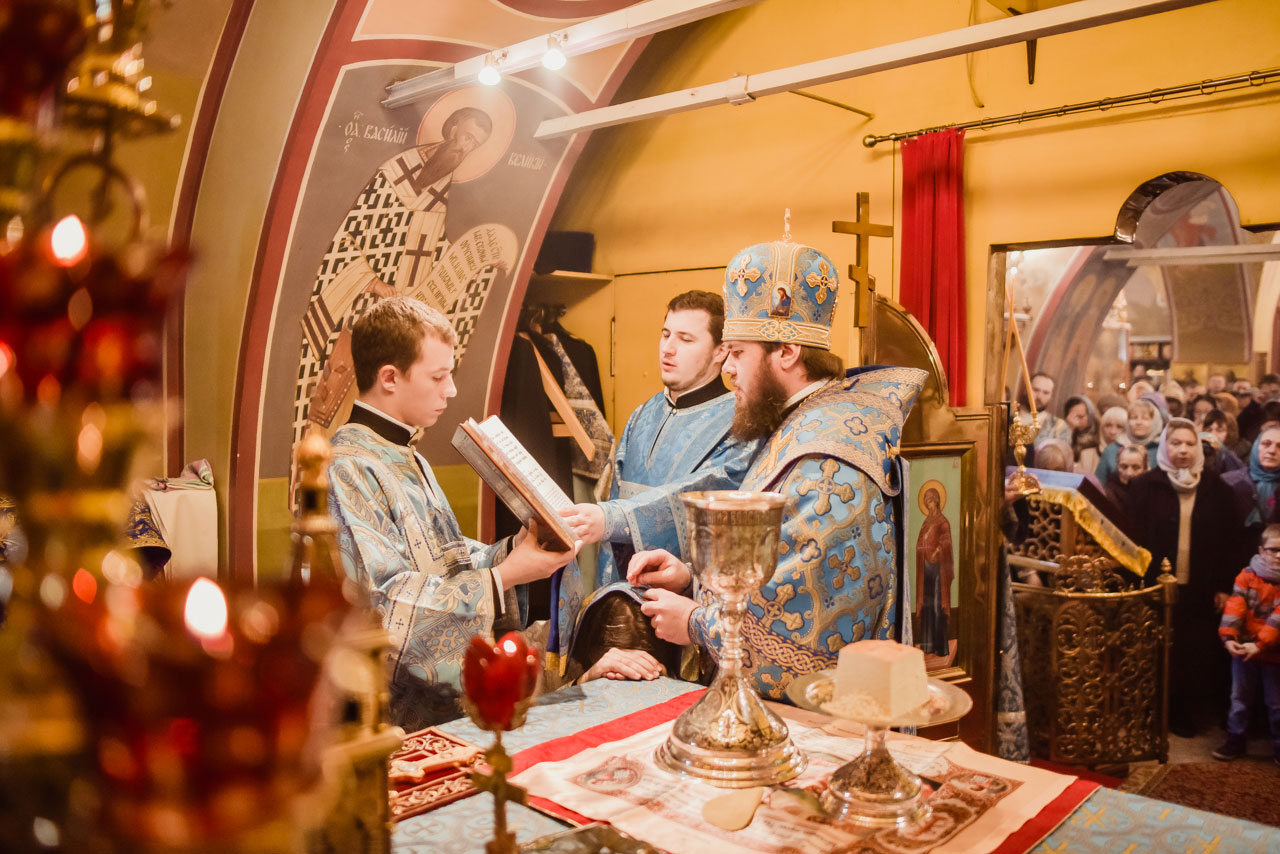 Малый Престольный праздник храма свт. Николая Мирликийского, чудотворца в Сабурове