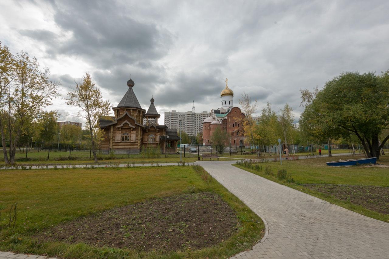 При строящемся храме Архангела Михаила на Борисовских прудах в Москве почтили память известного мецената Михаила Юрьевича Абрамова