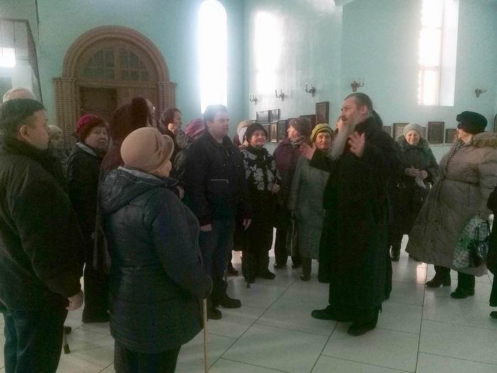 Члены общества инвалидов Нагорный посетили храм Державной иконы Божией Матери в Чертанове
