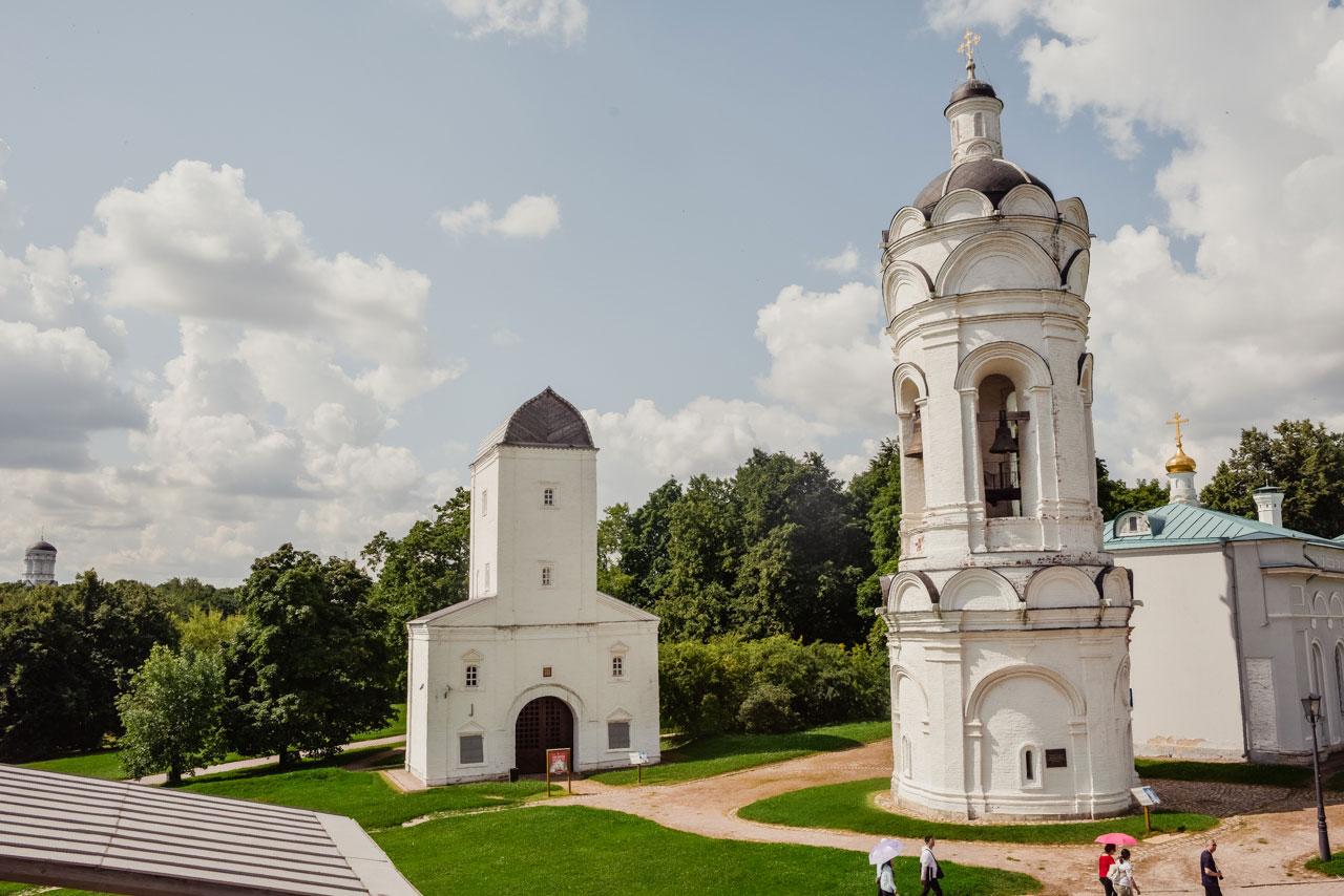 Храм св. вмч. Георгия Победоносца с колокольней в Коломенском Москва