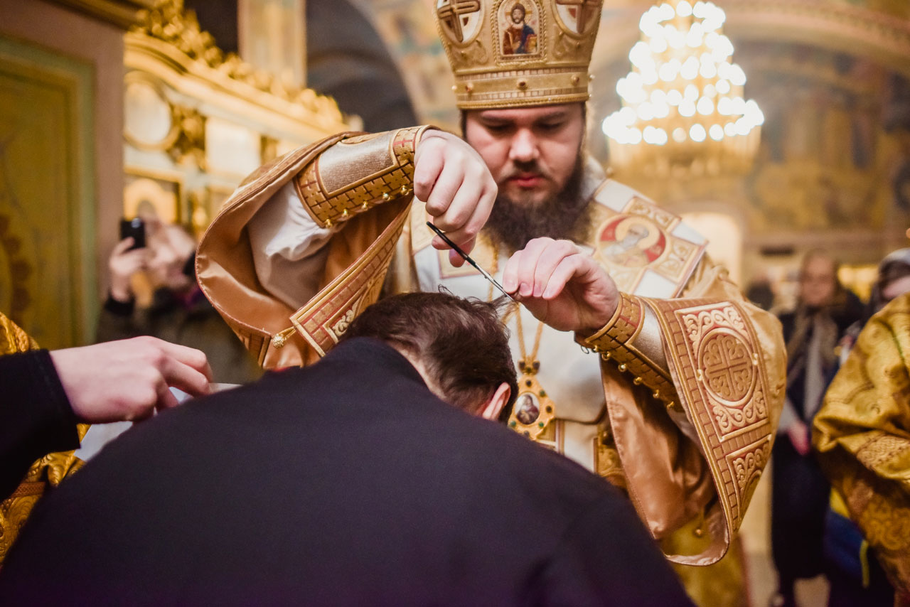 Божественная литургия в храме в честь иконы Божьей Матери «Живоносный Источник» в Царицыне