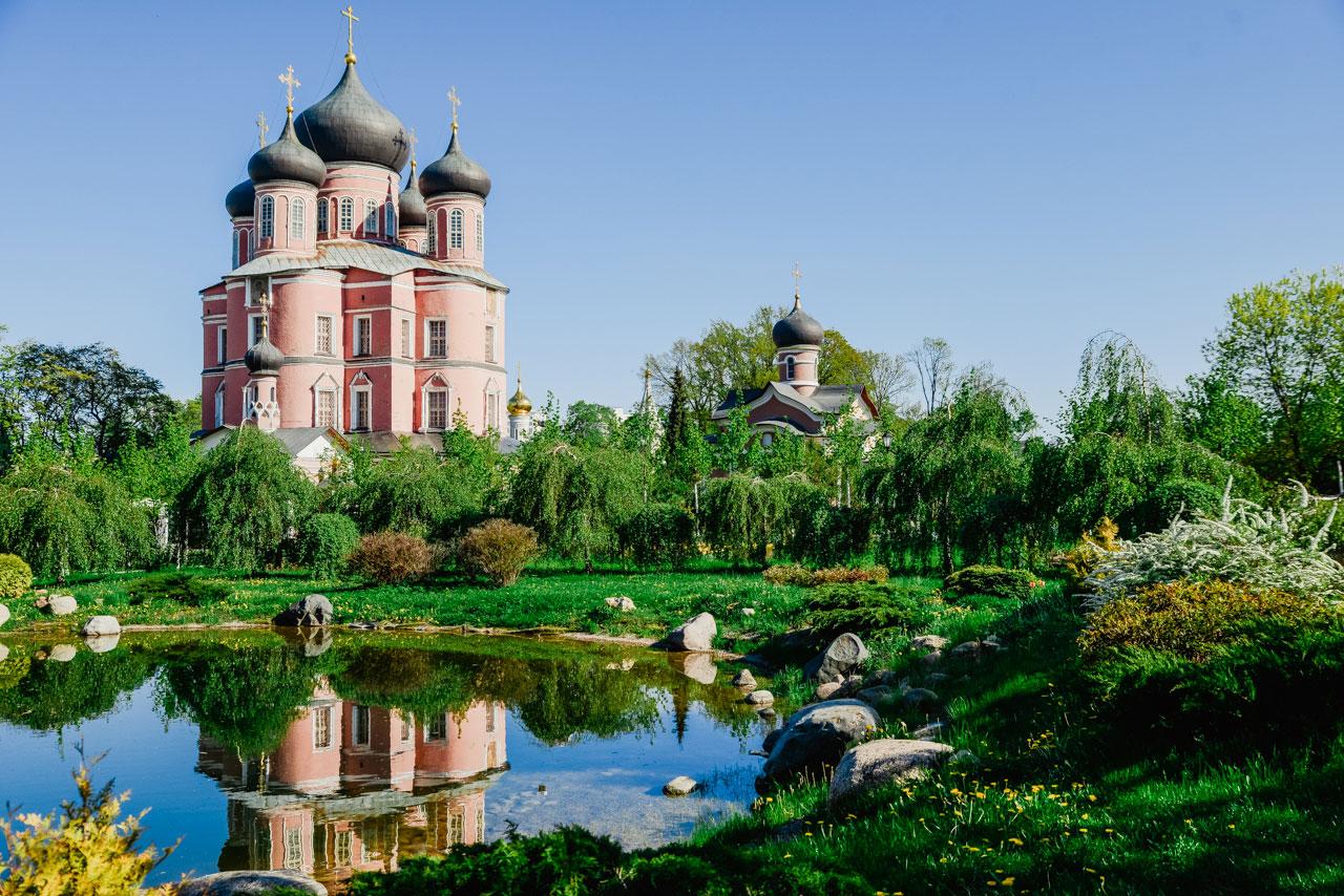 Весна в Донском монастыре