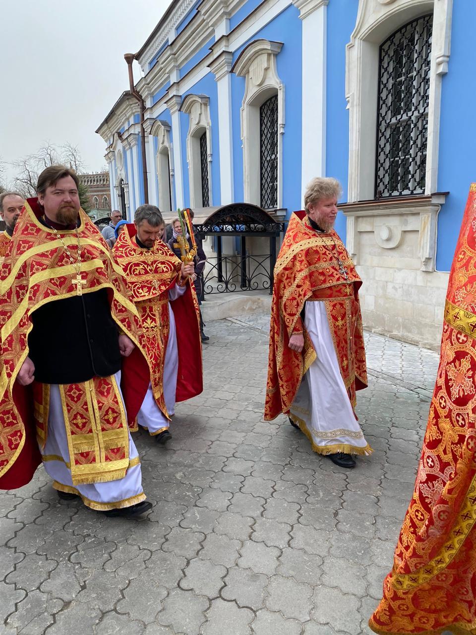 Престольный праздник в Храме иконы Божией Матери «Живоносный источник» в Царицыне