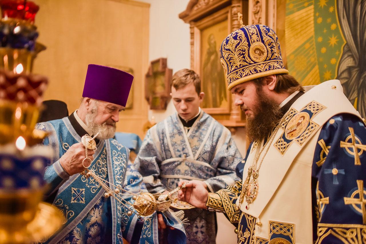 Епископ Фома возглавил престольный праздник храма иконы Божией Матери «Иерусалимская» в Орехове-Борисове