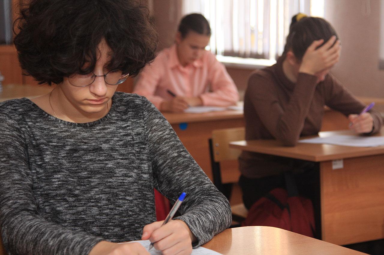 В гимназии «Эллада» прошёл школьный этап Олимпиады по Основам православной культуры