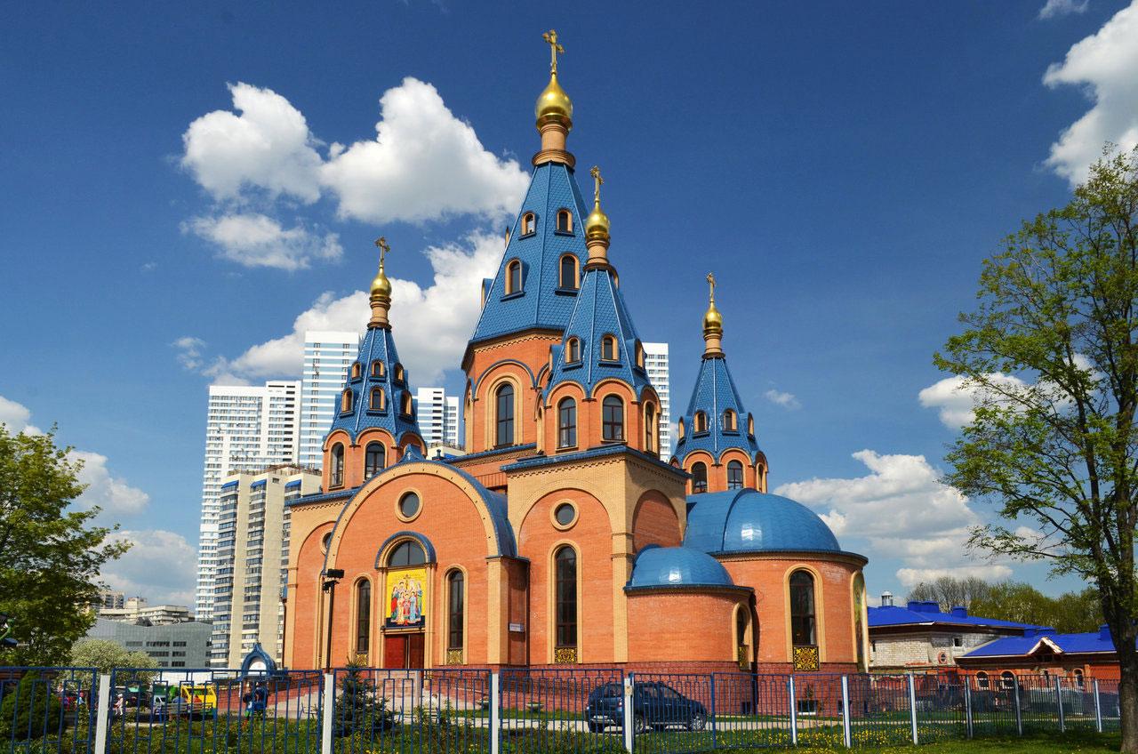 Храм Державной иконы Божией Матери в Чертанове г. Москвы