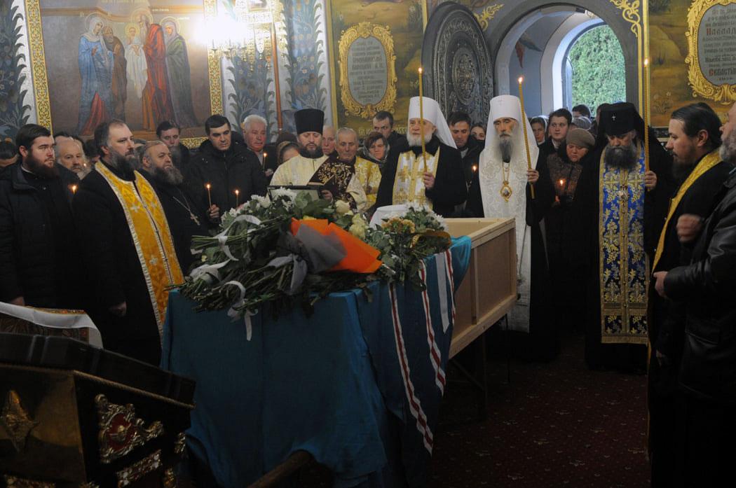 Митрополита Иова (Тывонюка) похоронили на монашеском кладбище Почаевской Лавры