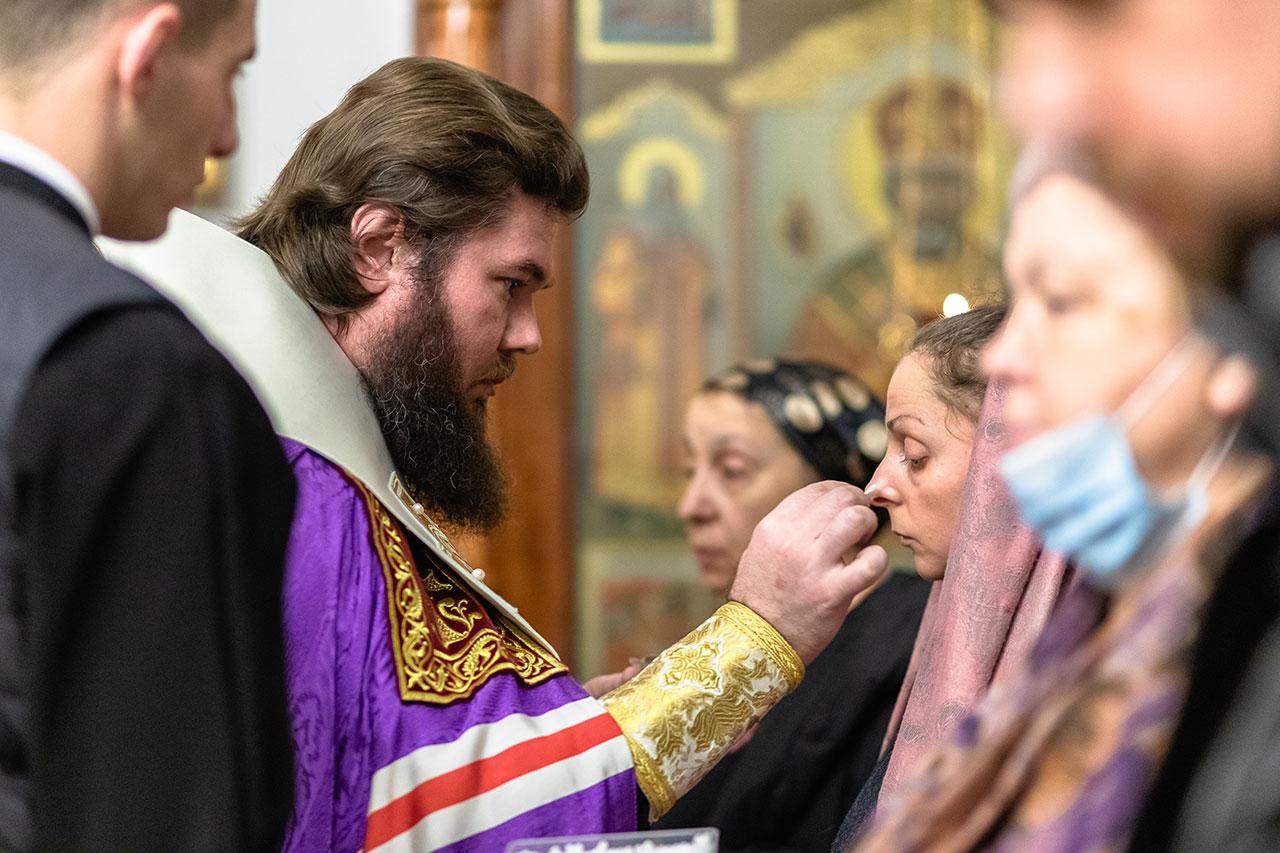 Епископ Фома совершил Таинство Елеосвящения в храме иконы Божией Матери «Иерусалимская» в Орехове-Борисове