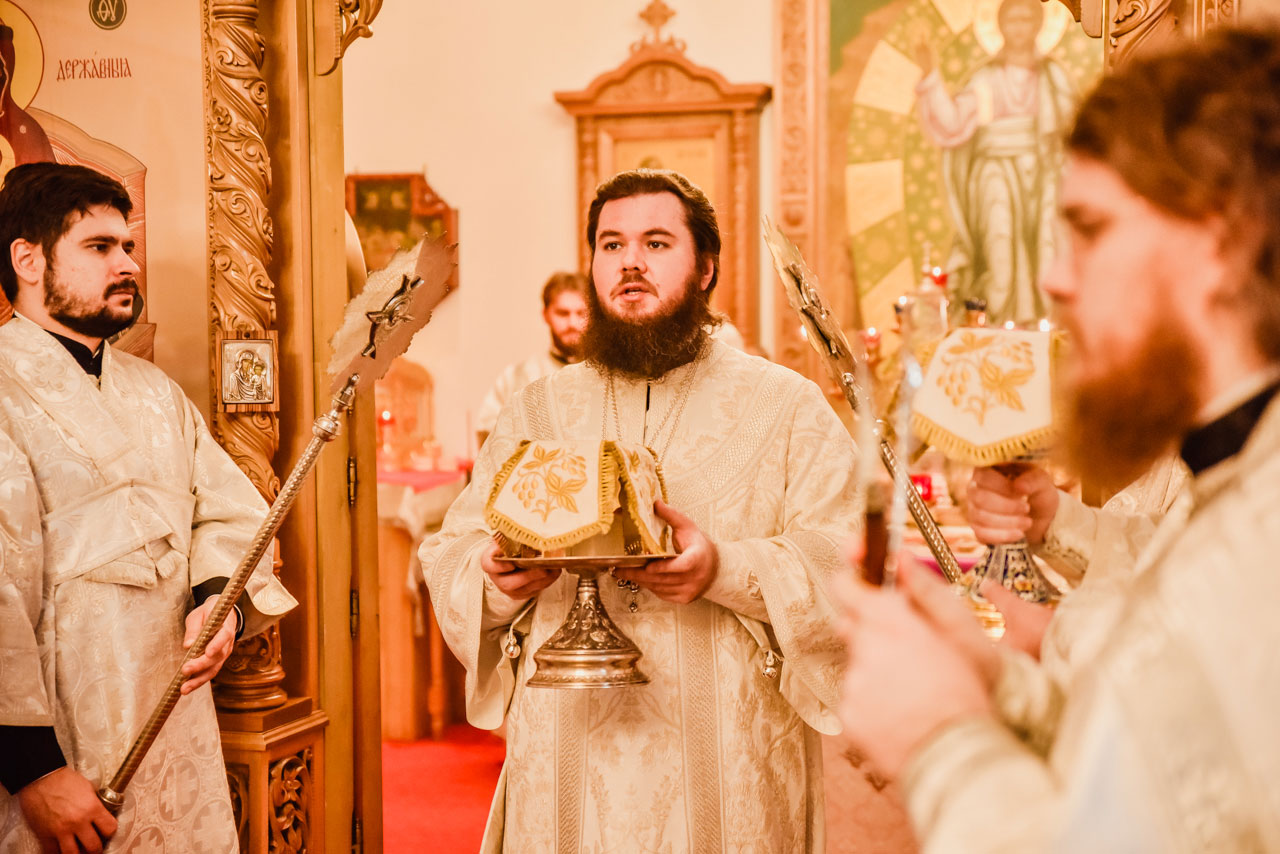 Епископ Фома совершил Литургию в храме иконы Божией Матери «Иерусалимская» в Орехове-Борисове