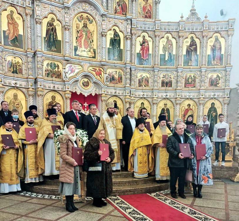 Награждение волонтеров в храме Живоначальной Троицы в Орехово-Борисово