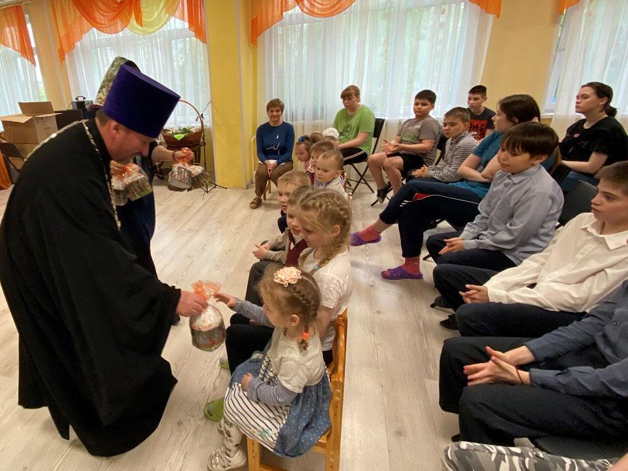 Пасхальный праздник в Социальном центре поддержки семьи и детства «Планета семьи»