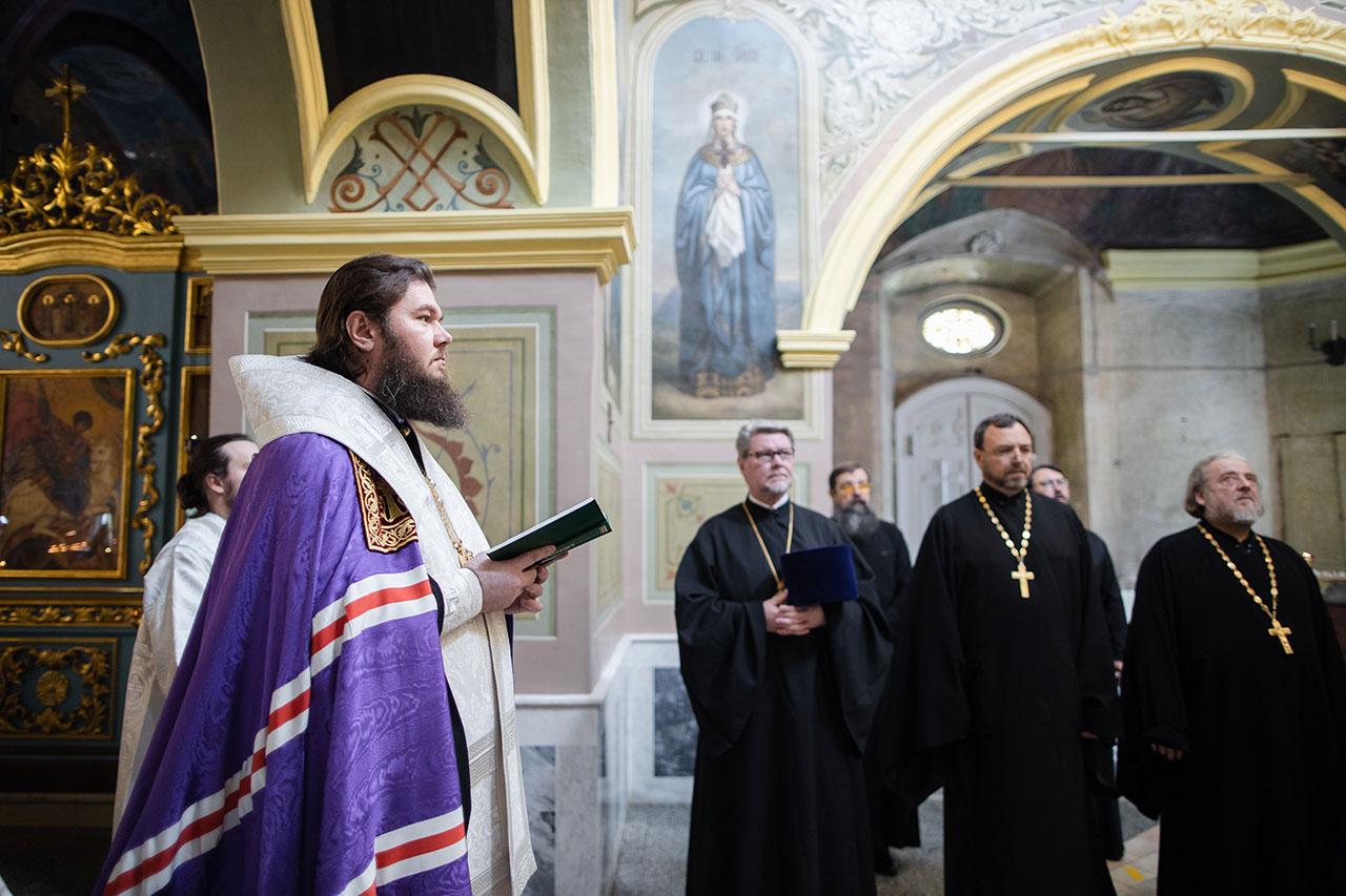 Епископ Фома совершил благодарственный молебен в храме иконы Божией Матери «Живоносный Источник» г. Москвы