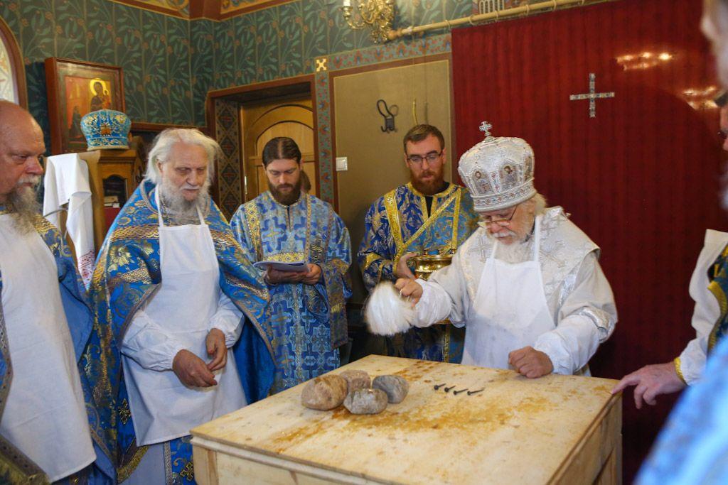 Епископ Верейский Пантелеимон освятил главный домовый храм московской больницы святителя Алексия