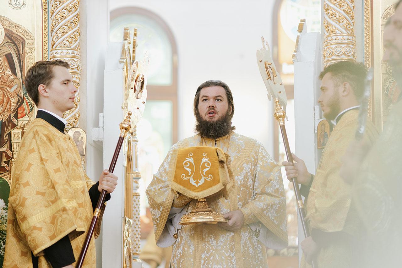В Южном викариатстве прошли торжества в честь 800-летия со дня рождения святого Александра Невского